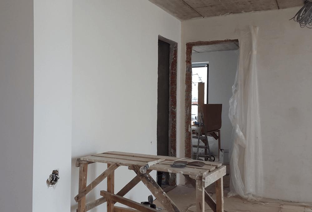 Штукатурка стен в квартире.